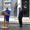 ULTIM'ORA / THE QUEEN SAVE THERESA MAY